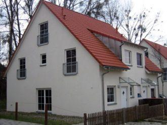 Doppelhaushaelfte_in_Petershagen